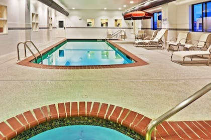 Pool   Holiday Inn Express Hotel & Suites Bartlesville