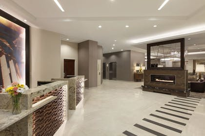 Lobby | Residence Inn Alexandria Old Town South at Carlyle
