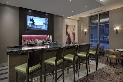 Restaurant | Residence Inn Alexandria Old Town South at Carlyle