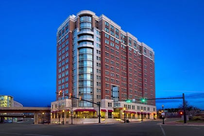 Featured Image | Residence Inn Alexandria Old Town South at Carlyle