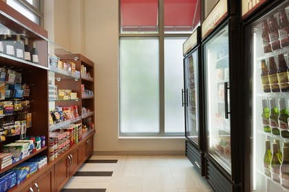 Snack Bar | Residence Inn Alexandria Old Town South at Carlyle