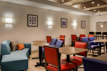 Restaurant | Holiday Inn Express Hotel & Suites Oroville Lake