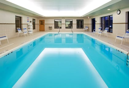 Pool | Holiday Inn Express & Suites Howell