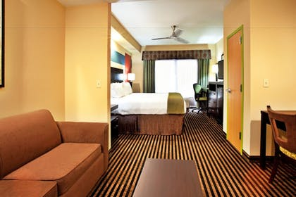 Guestroom | Holiday Inn Express & Suites Laplace