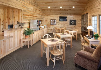 Hotel Interior | Rock Crest Lodge And Cabins