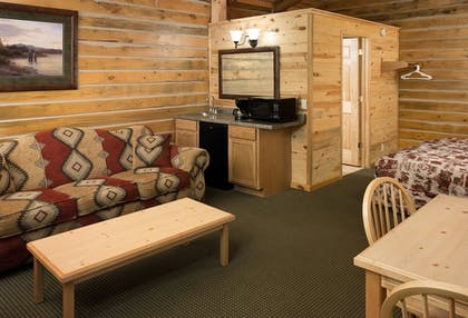 Living Area | Rock Crest Lodge And Cabins