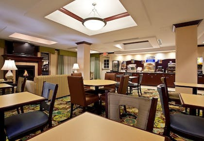 Breakfast Area | Holiday Inn Express Hotel & Suites Dayton South Franklin