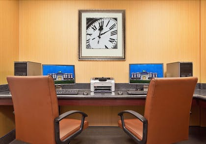 Business Center | Holiday Inn Express Hotel & Suites Dayton South Franklin