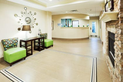 Lobby | Holiday Inn Express & Suites Smyrna