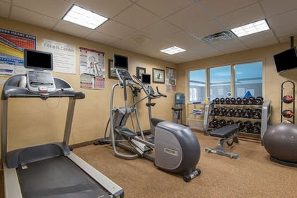 Fitness Facility | Holiday Inn Express Hotel & Suites Tilton - Lakes Region