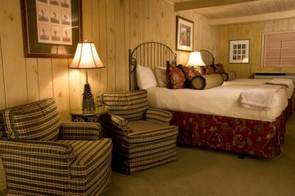 Guestroom | Pine Needles Lodge & Golf Club