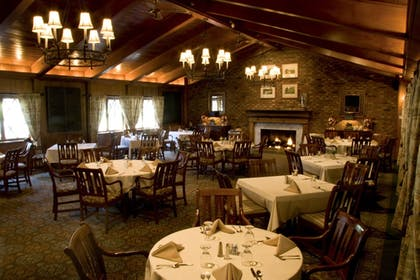 Restaurant | Pine Needles Lodge & Golf Club