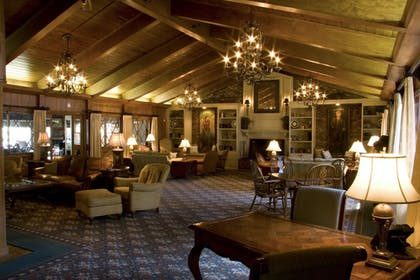 Lobby | Pine Needles Lodge & Golf Club