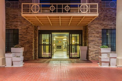 Featured Image   Holiday Inn Express Hotel & Suites Clovis