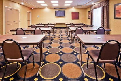 Meeting Facility   Holiday Inn Express Hotel & Suites Clovis