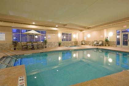 Pool | Holiday Inn Express & Suites Winona