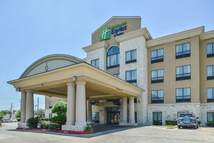 Featured Image | Holiday Inn Express & Suites San Antonio NW - Medical Area