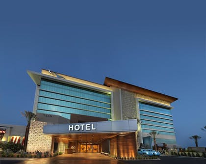 Hotel Front - Evening/Night | Aliante Casino & Hotel