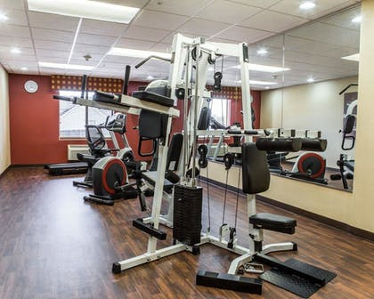 Fitness Facility | Comfort Suites Four Seasons