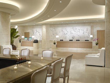 Hotel Bar | Grand Beach Hotel Miami