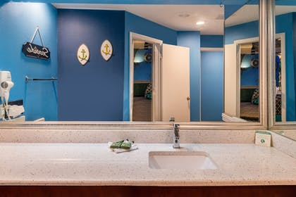 Bathroom | Inn of the Dove Romantic Luxury & Business Suites