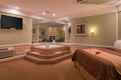 Jetted Tub | Inn of the Dove Romantic Luxury & Business Suites