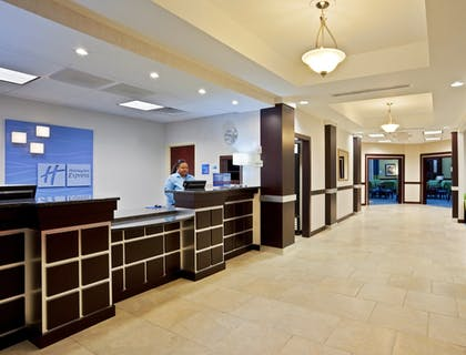 Hotel Interior | Holiday Inn Express Akron South Airport Area