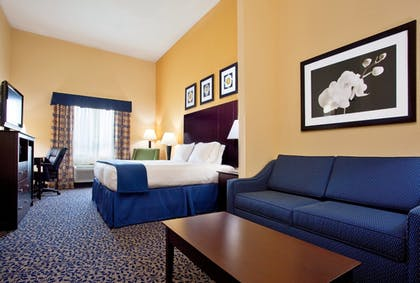 Guestroom | Holiday Inn Express Akron South Airport Area