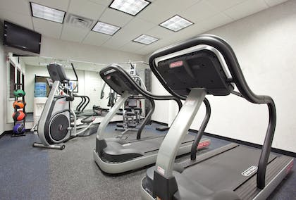 Fitness Facility | Holiday Inn Express Akron South Airport Area