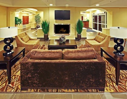 Interior | Holiday Inn Express & Suites Carthage