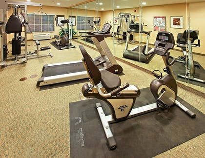 Fitness Facility | Holiday Inn Express & Suites Carthage