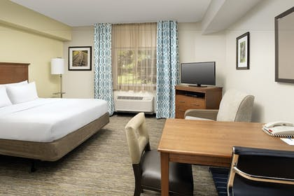 Guestroom   Candlewood Suites Bluffton-Hilton Head