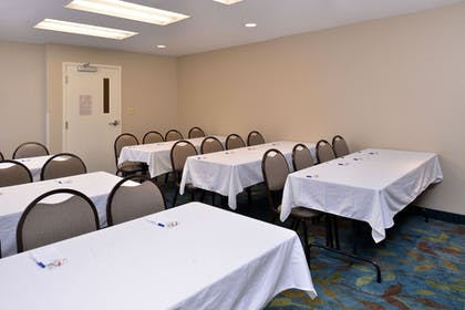 Meeting Facility   Candlewood Suites Bluffton-Hilton Head