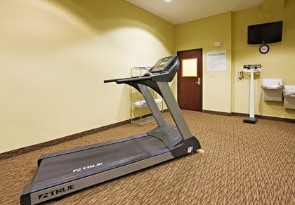 Fitness Facility | Holiday Inn Express &Suites Snyder
