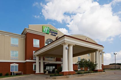 Featured Image | Holiday Inn Express &Suites Snyder