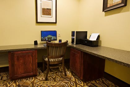 Business Center | Holiday Inn Express &Suites Snyder