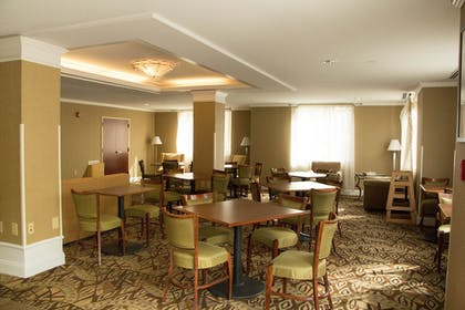Restaurant | Holiday Inn Express Hotel & Suites Southern Pines