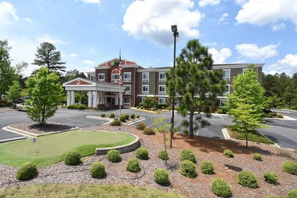 Exterior | Holiday Inn Express Hotel & Suites Southern Pines