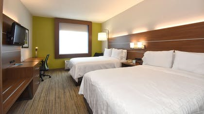 Room | Holiday Inn Express Hotel & Suites Southern Pines
