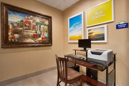 Property Amenity | Days Inn & Suites by Wyndham San Antonio near AT&T Center
