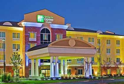 Featured Image   Holiday Inn Express Hotel Ooltewah Springs-Chattanooga