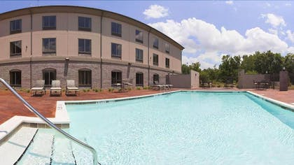 Outdoor Pool   Holiday Inn Express Hotel and Suites of Opelika/Auburn
