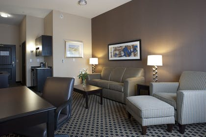 Guestroom | Holiday Inn Express & Suites Green Bay East