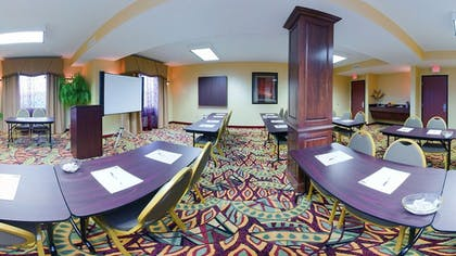 Meeting Facility   Holiday Inn Express Hotel & Suites Franklin