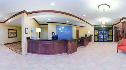 Lobby   Holiday Inn Express Hotel & Suites Franklin