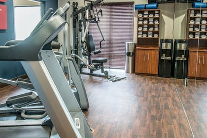 Fitness Facility | Comfort Suites University Area - South
