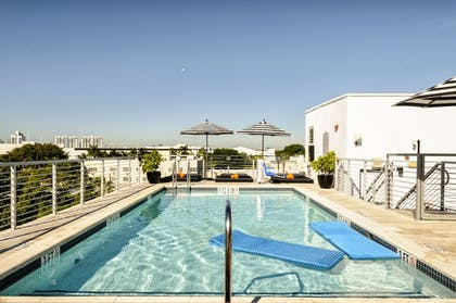 Rooftop Pool | Riviera Suites South Beach, a South Beach Group Hotel