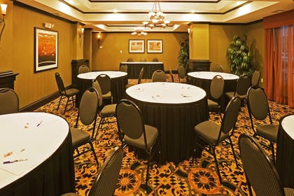 Meeting Facility   Holiday Inn Express Hotel & Suites Durant