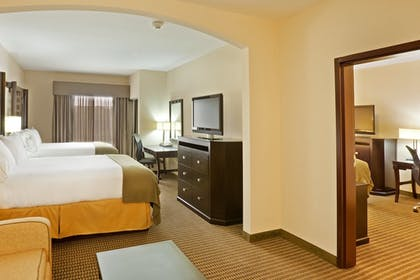 Room   Holiday Inn Express Hotel & Suites Durant