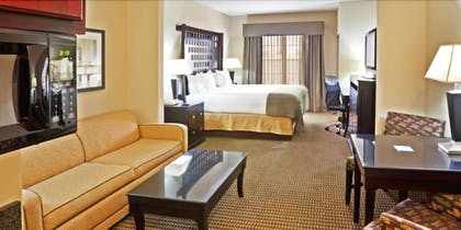 Guestroom   Holiday Inn Express Hotel & Suites Durant